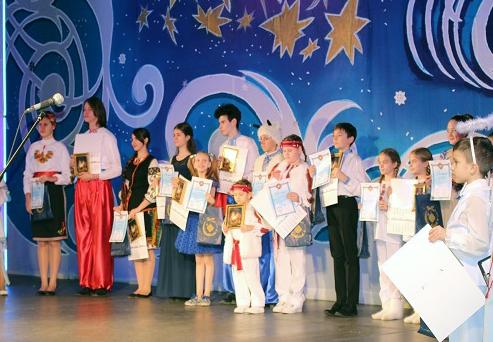"""У Херсоні відбувся Гала-концерт фестивалю """"Острів Різдва"""""""