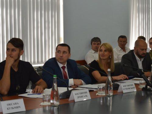 """У Херсоні підбили підсумки Всеукраїнської ініціативи """"Чужих дітей не буває"""""""