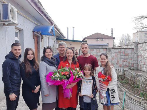 Співробітниця структурного підрозділу ГУ Держпродспоживслужби в Херсонській області отримала звання матері-героїні