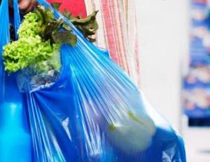 Уряд організовує безконтактну доставку продуктів і ліків літнім людям