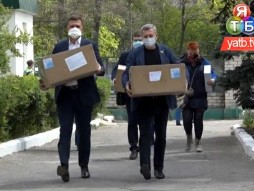Благодійний фонд Петра Порошенка підтримав херсонських лікарів у боротьбі з covid-19