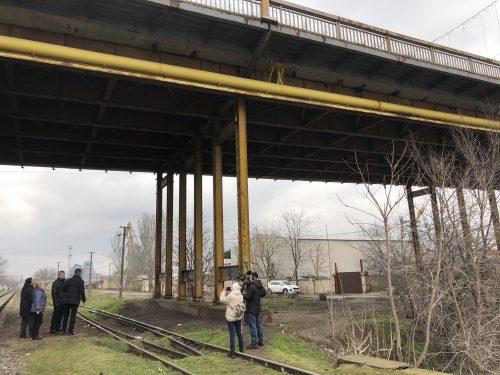 У Херсоні народна ініціатива вимагає від влади припинити руйнацію мосту через річку Кошову