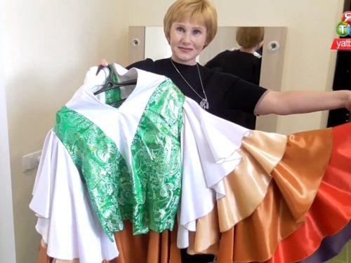 Екскурсія новою театральною костюмерною Херсонської школи гуманітарної праці
